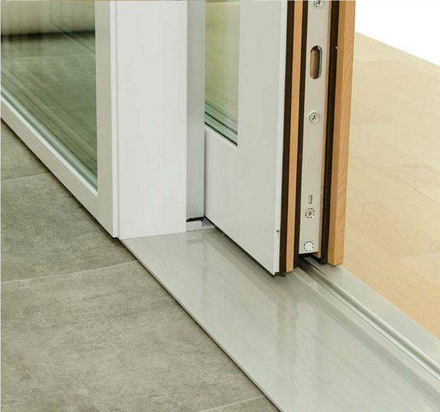 La luce che d forma allo spazio con i serramenti torino - Dettaglio porta scorrevole ...