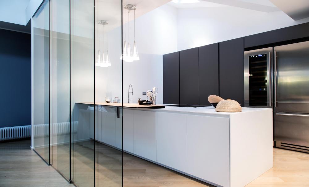 Serramenti torino in vetro un inno alla trasparenza for Casa design torino