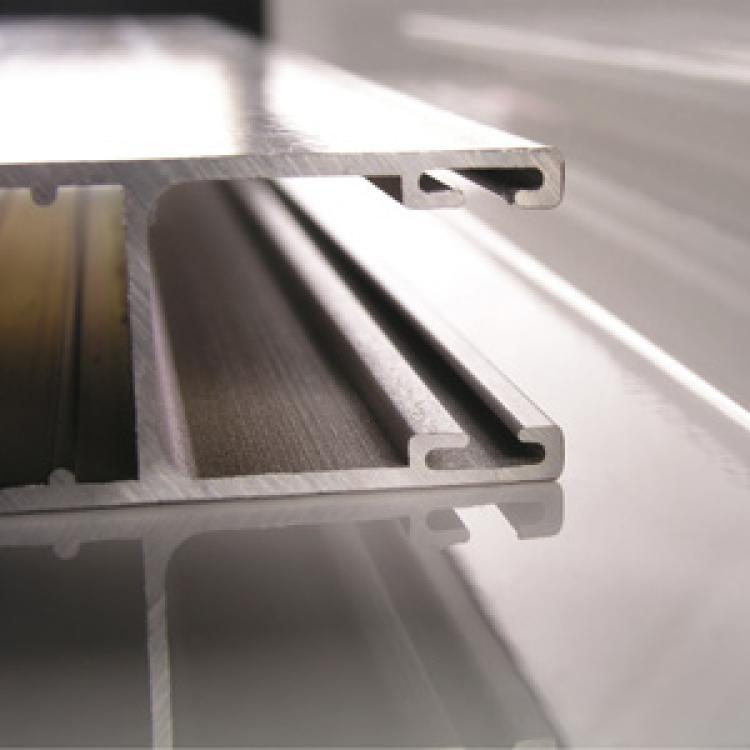 Profilo in alluminio - Serramenti Torino