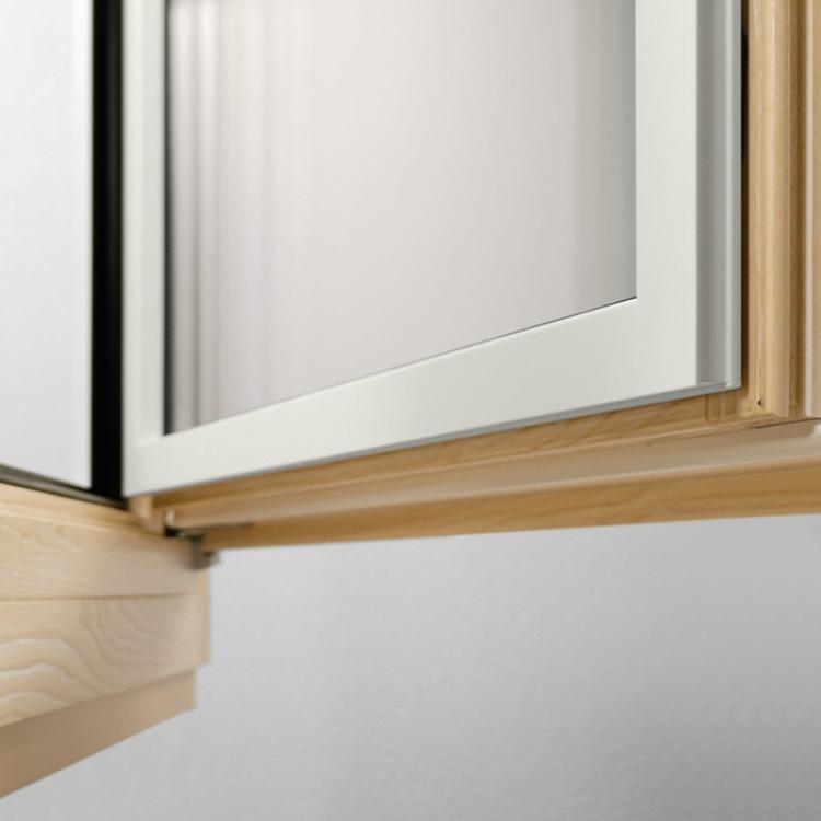 Dettaglio di un serramento in legno-alluminio - Serramenti Torino