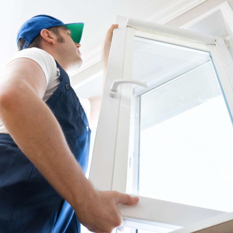 Gli infissi in PVC di moderna generazione sono estremamente durevoli e migliorano le prestazioni energetiche dell'abitazione - Serramenti Torino