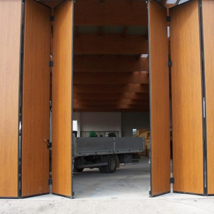 Porta di garage a soffietto o libro - Serramenti Torino